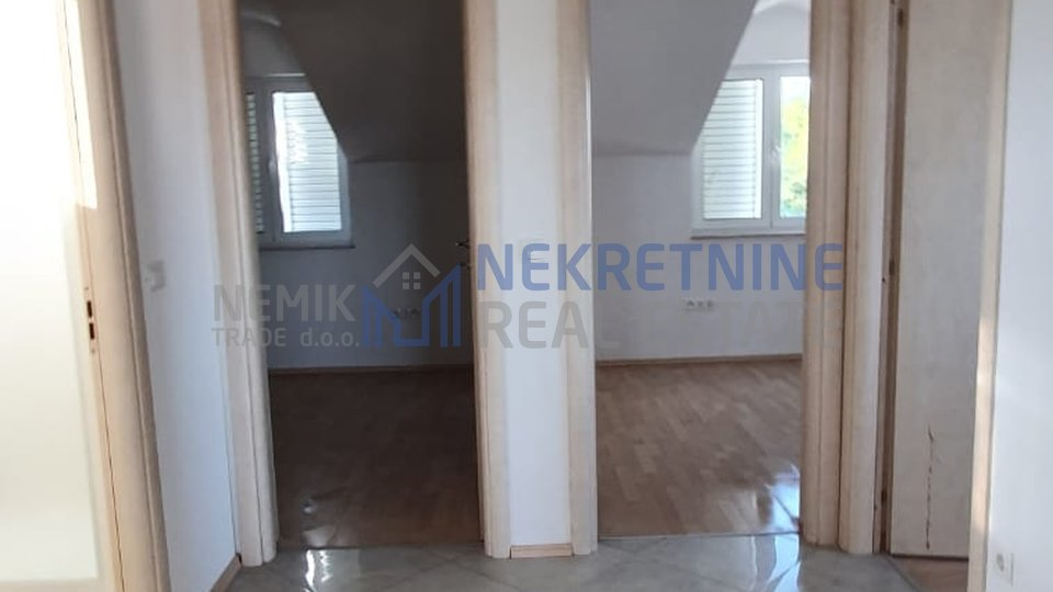 Vodice, comfortable three bedroom apartment with open views