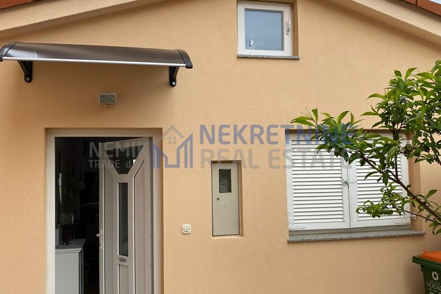 Vodice, a small detached house in a quiet location